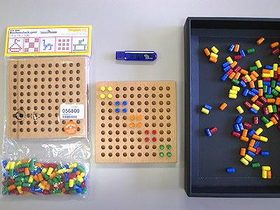小さいペグ(ステッキ遊び10×10・デュシマ社)