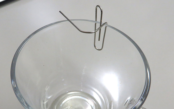 作品No.42 超簡単!指で作れる歯ブラシホルダー (クリップ版2)
